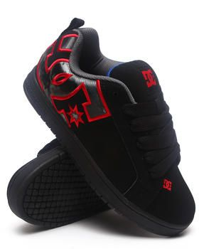 DC Shoes | Court Graffik Se Sneakers. Get it at DrJays.com