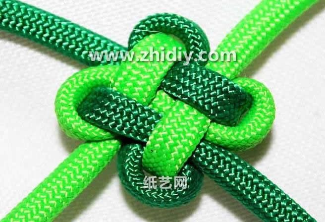 Chinese knot: Lucky clover knot tutorial