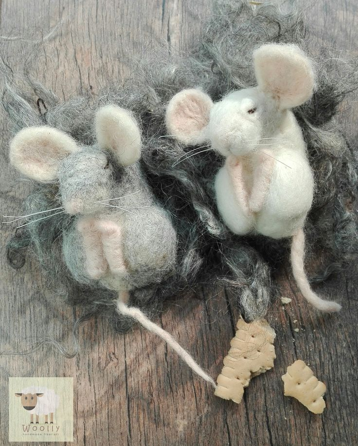 Needle felted sleepy mice, mouse,  felted animal #sarafinainspired