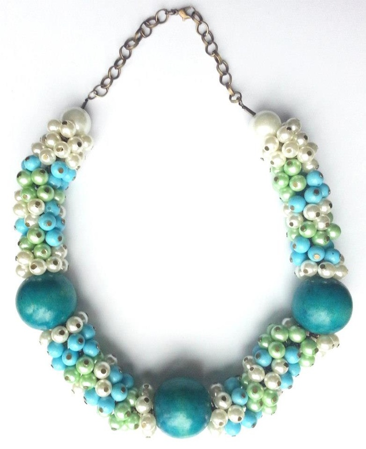 Statement necklace created from turquoise, white and light green pearls.    www.facebook.com/SimplicitybyMelanie