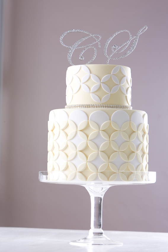 wedding cake cakestar wedding cake featuring diamontes and wedding band quilting design re created