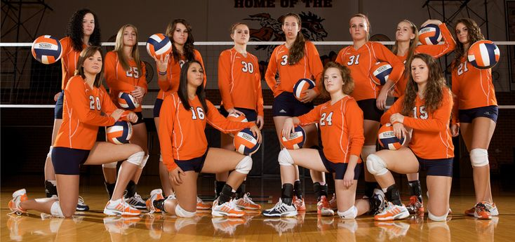 Volleyball Team Photo Idea. Everyone has a ball and they are doing something different with it. Totally doing this one, this season!