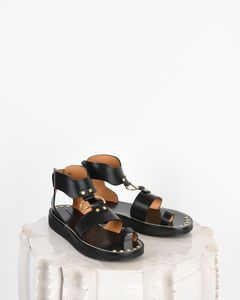Are you looking forSANDALS Women by Isabel Marant? Find out all the details on our official online store and shop now your fashion icon.