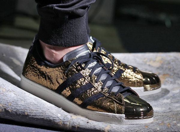 xpwwn Superstar, Adidas superstar and Metallic gold on Pinterest
