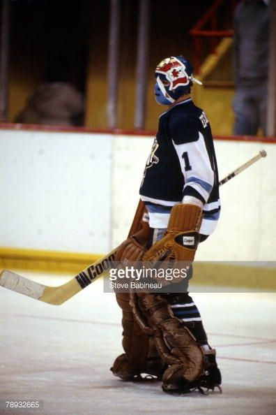 s-denis-herron-of-the-pittsburgh-penguins-in-goal-against-the-boston-picture-id78932665 (396×594)