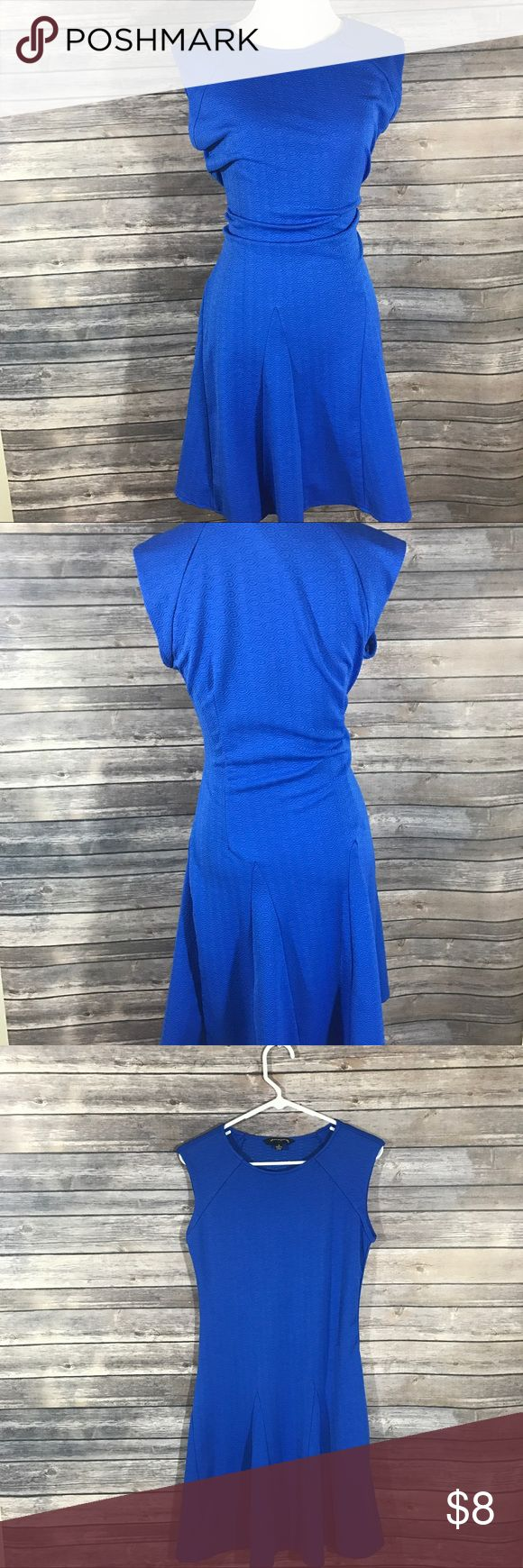 Royal blue dress Royal blue dress perfect for a casual day out with a denim jacket or worn for a business casual day dresses up with a blazer. Size is 16 BUT will definitely fit a large more comfortably. No holes or stains Dresses Midi