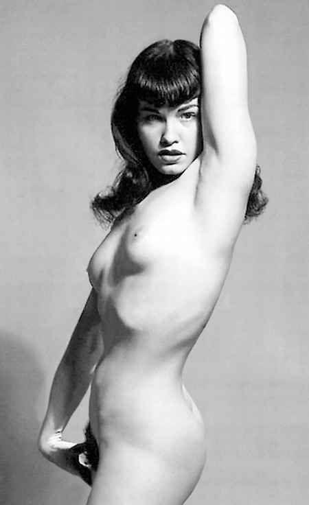 hong kong naked mam