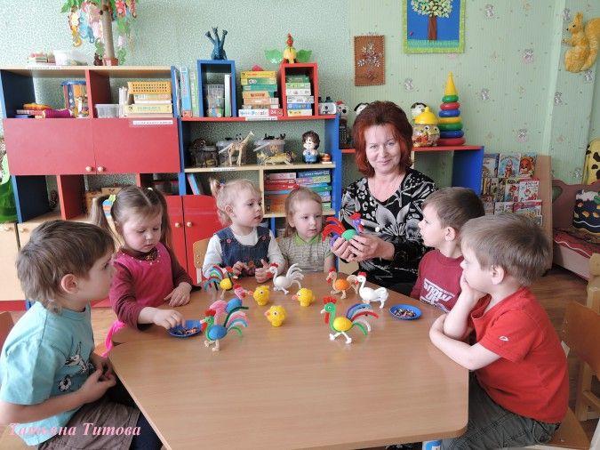 Дидактическая игра «Петушки, курочки, цыплята» - Для воспитателей детских садов - Маам.ру