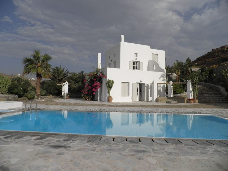 This 5 bedroom exceptionally decorated villa located in Mykonos, is in perfect harmony with its natural environment. The exquisite material used on the exterior indicates it's Cycladic architecture.  It's equipped with a private swimming pool.