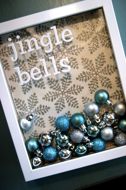The Life of a Craft Crazed Mom: Jingle Bell Frame