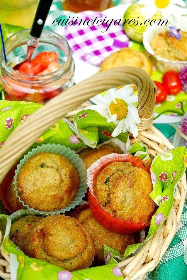 Muffins-repas : Avocat, Truite fumée et Ciboulette pour le Muffin Monday # 39