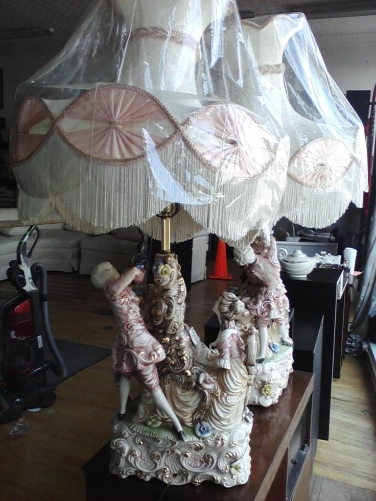 Bellissimo Antique Italian Victorian Colonial Porcelain Figural Table Lamps    eBay   Beautiful lamps  LOVE46 best French Furniture   The Fancy Kind  images on Pinterest  . Antique French Lamps On Ebay. Home Design Ideas