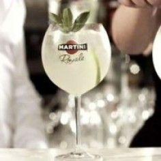 Ricetta Cocktail Martini Royale   #cocktail #aperitivo #cocktailmania #martiniroyalebianco