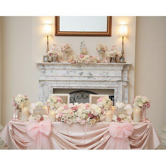 理想通り♡ イメージ通り*・゜・*:.。..。.:*・'.。. .。.:*・゜・* #ウエディング#アーフェリーク迎賓館#花嫁#幸せ#一生に一度#ウエディングドレス#wedding#データ#テーブル装飾#装飾#高砂#マントルピース#キャンドル#ピンク#pink#バラ#薔薇#オーガンジー#リボン#ナイトウエディング