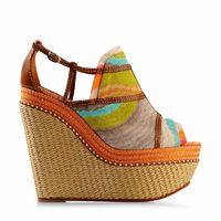 Tendencia Zapato Étnico