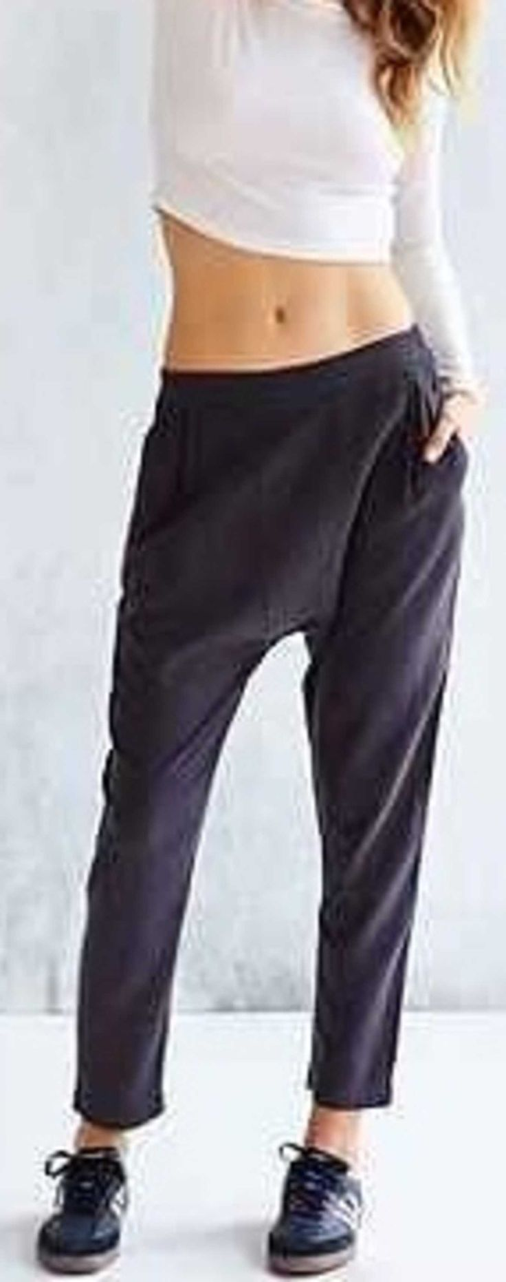 Class to Night Out: Slouchy Pants.