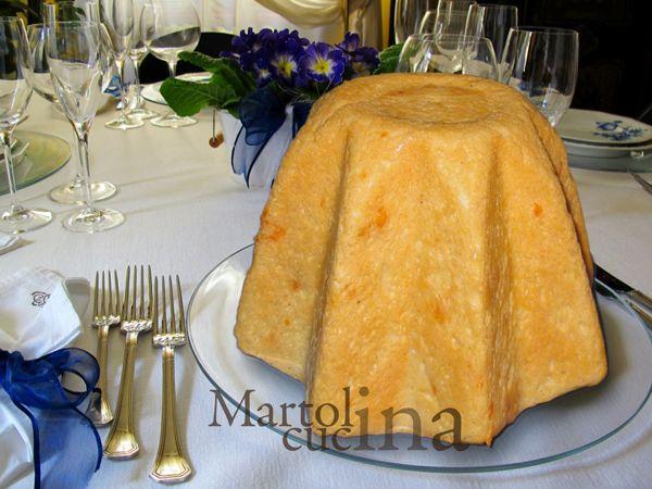 Pandoro al formaggio