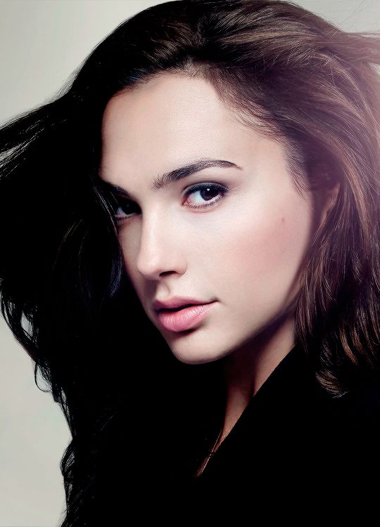 Gal Gadot ☼ Pinterest policies respected.( *`ω´) If you don't like what you see❤, please be kind and just move along. ❇☽