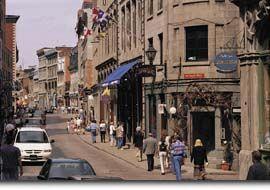 Tarifs et horaire des tours commentes d'orientation dans le Vieux-Port de Montreal
