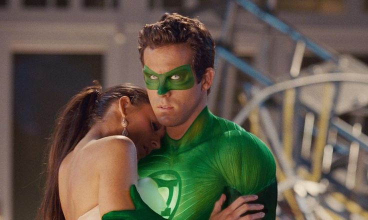 Sparks flew between Blake and Ryan when they first met on the set of 'Green Lantern' in 2010. Photo © Warner Bros./CP