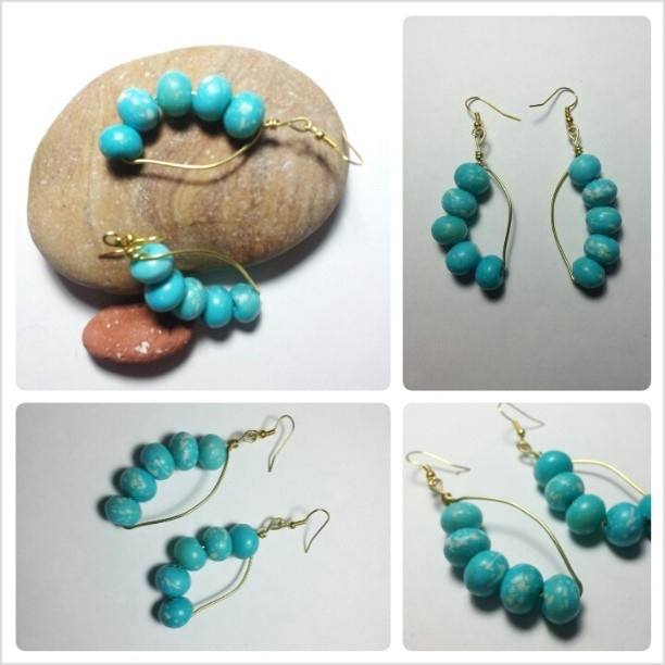 """Leaf"" Earrings realized with brass wire and skyblue stones. For info contact me :)"