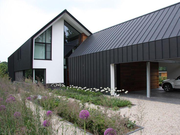 Architectuur woning buitengebied zink google zoeken for Modern zinc houses