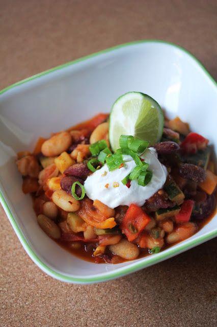 Kitchen Grrrls.: Vegan Summer Vegetable and Bean Chili