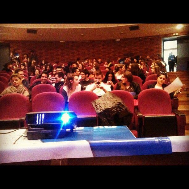 Επιστροφή στον τόπο που ξεκίνησα. Σεμινάριο πολιτικής επικοινωνίας σε φοιτητές του Παντείου Πανεπιστημίου. (at Αμφιθέατρο Σάκη Καράγιωργα ΙΙ)