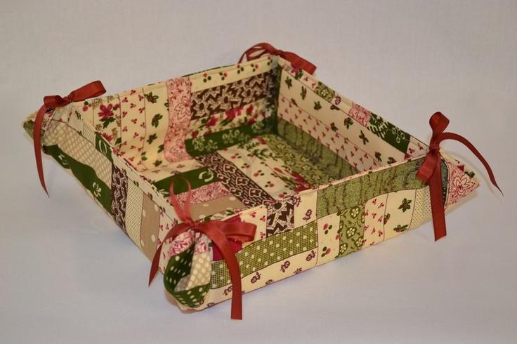 Textilný košíček do kuchyne, do obývačky na slané alebo sladké keksíky.