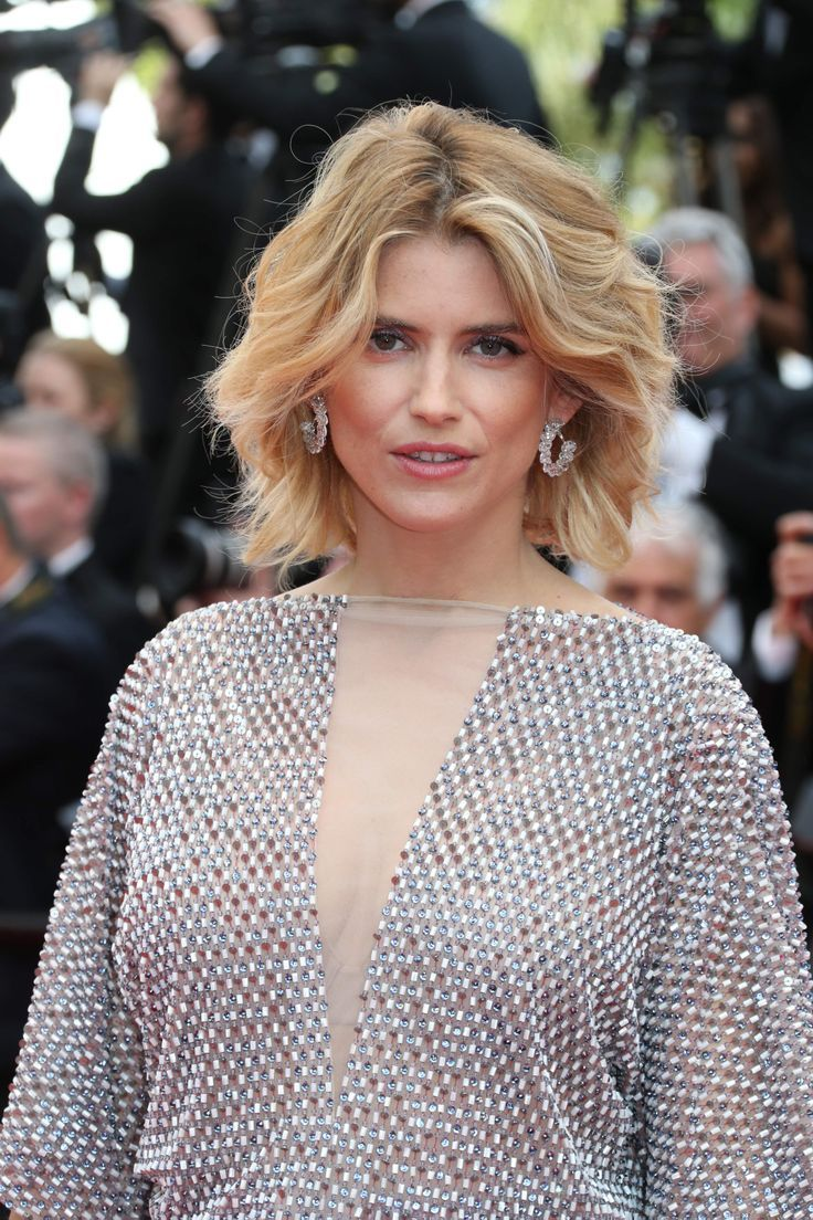 Alice Taglioni wearing Chopard at the Cannes Opening Ceremony