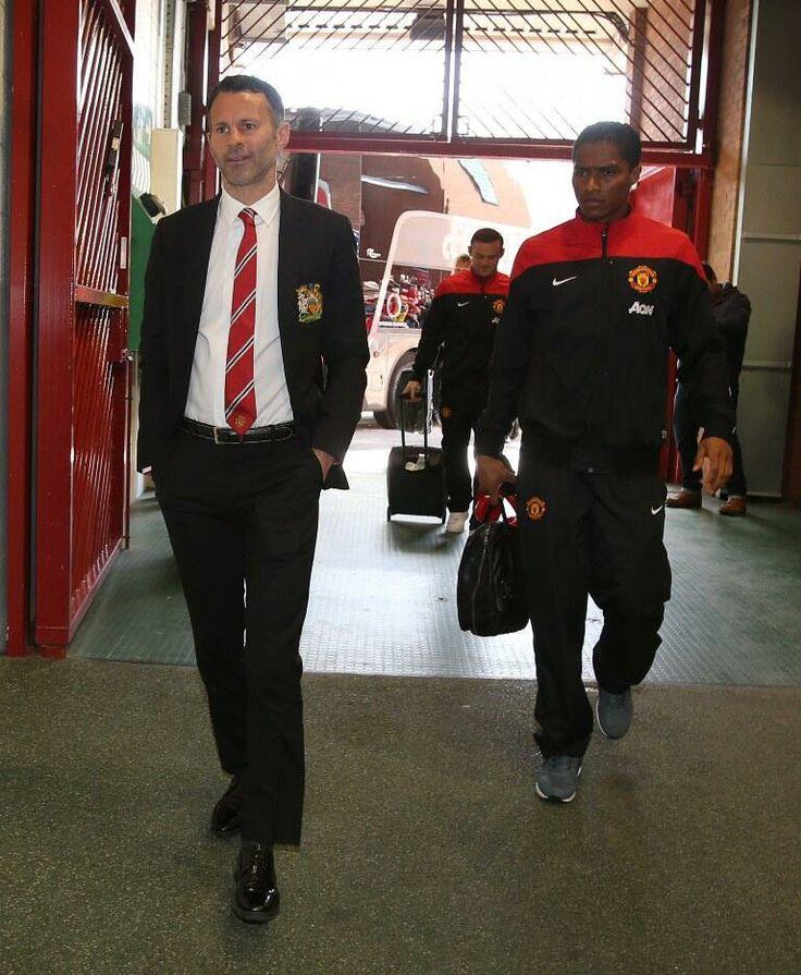 Ryan Giggs arrives for his 1st game as interim boss. April 2014.