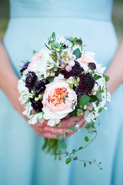creamy with berries: White Flowers, Peaches Rose, Bridesmaid Flowers, Blackberries Bouquets Flowers, Plum Bridesmaid, Floral Bouquets, Bridesmaid Bouquets, Blue Things, Beautiful Bridesmaid