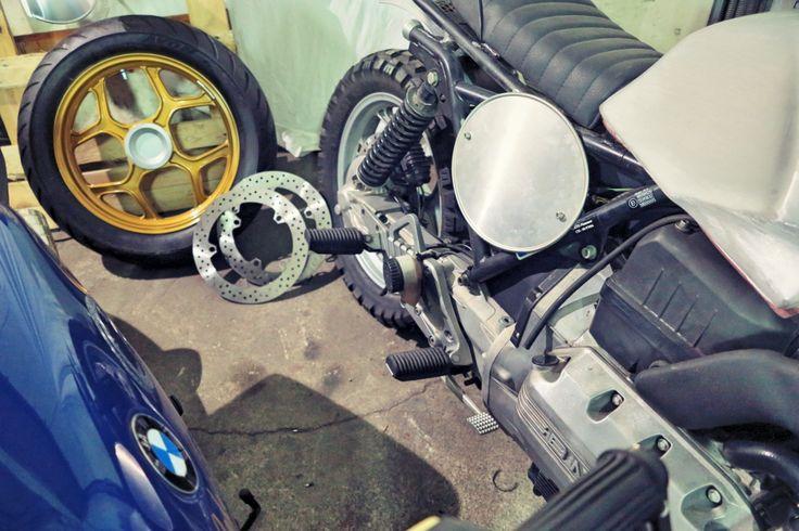 BMW K75 brushed tank