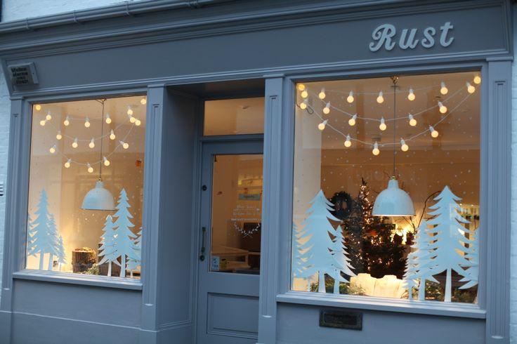 Xmas has arrived at our Rust Yarmouth  shop, oh yes indeed! The reason we jumped at the chance to get our mitts on this shop was because ...