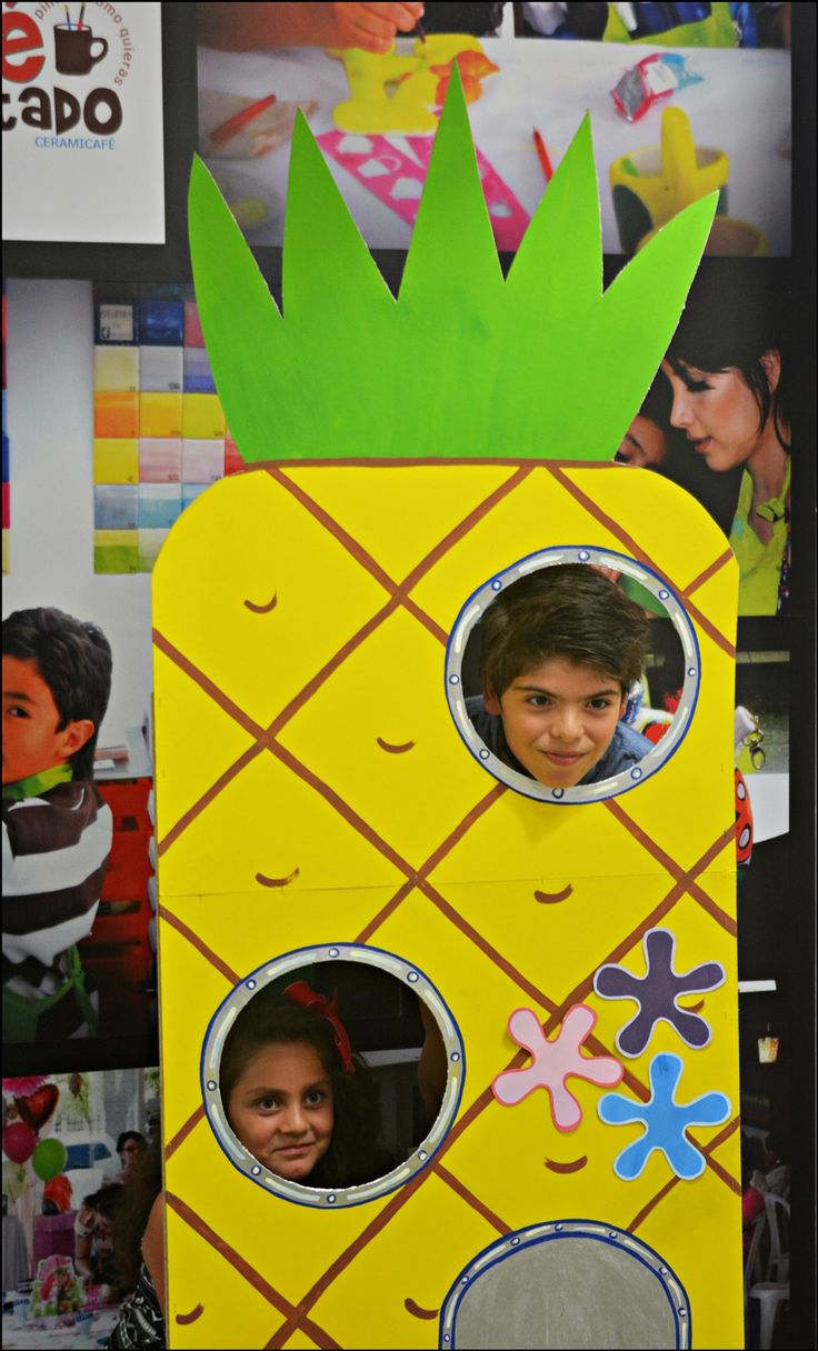 Spongebob Square Pants Party ideas. under the sea party.  Fiesta de Bob Esponja. piña de Bob Esponja.