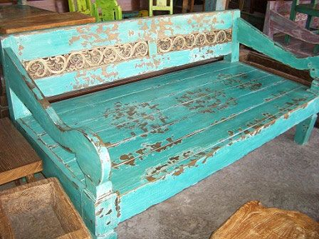 painted_bali_daybed.jpg