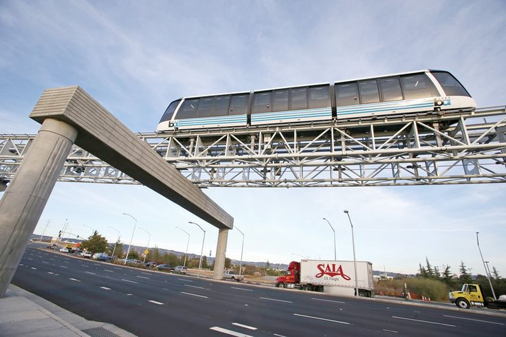 Driverless trams now take passengers between the Oakland Coliseum BART station and Oakland International Airport. - MIKE KOOZMIN/THE S.F. EXAMINER