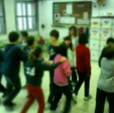 Dinámica de grupo para la sesión lectiva de tutoría que tiene como finalidad crear conciencia de grupo entre los alumnos de una misma clase