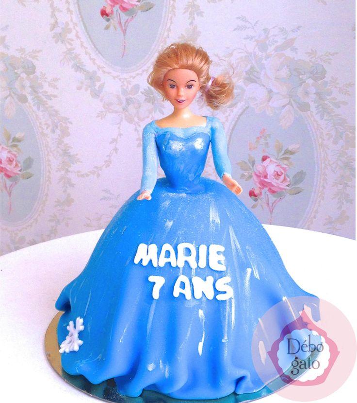 g teau princesse reine des neiges poup e robe g teaux personnalis s g teau d 39 anniversaire. Black Bedroom Furniture Sets. Home Design Ideas