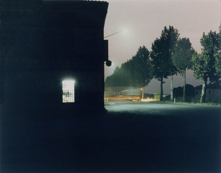 Luigi Ghirri, Fidenza, 1986. Deutsche Bank Collection. © The Estate of Luigi Ghirri