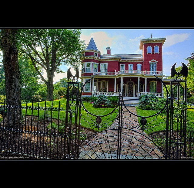 Stephen King - Bangor, Maine by Greg from Maine, via FlickrMaine Photos, Bangor Maine, Favorite Places, Maine Vacations, King House, Maine Stephen, Iron Gates, Steven King, Stephen Kings