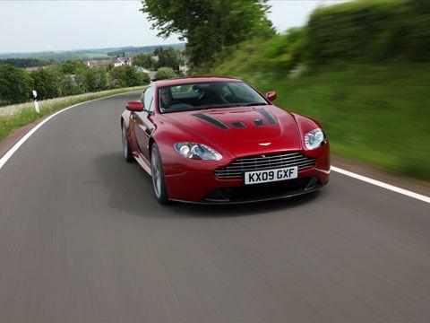 Отзывы об Aston Martin V12 Vantage (Астон Мартин В12 Вантаж)