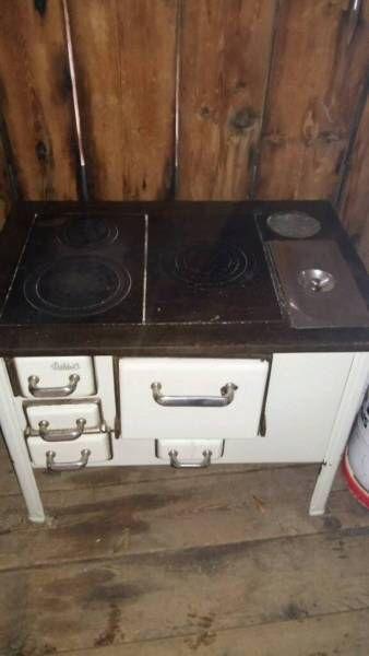 Antiker alter Herd Ofen, 150€