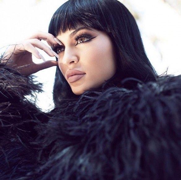 5 Reasons Kylie Jenner Should Get Bangs, in Photos | Byrdie.com