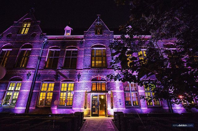 The cool thing about being a photographer, it takes you to awesome venues around the world #event #amsterdam #spooky #lights #architecture #business #business #events #photography #photographer
