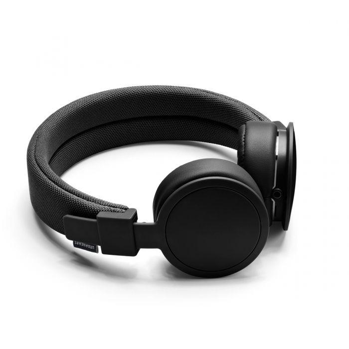 Urbanears Plattan ADV: Stor guide om hörlurar. Allt du behöver veta om on-ear-hörlurar, in-ear-hörlurar och around-ear-hörlurar: http://www.phonelife.se/horlursguiden