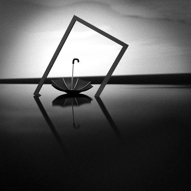 Umbrella/sateenvarjo vol.2 #umbrella #sateenvarjo #vesi #tyyni #mustavalkoinen #b&w #bw #Jason65kuutio #water #monochrome #bnw #bw #blackwhite #bnw_creatives #mustavalkoinen #taide #art