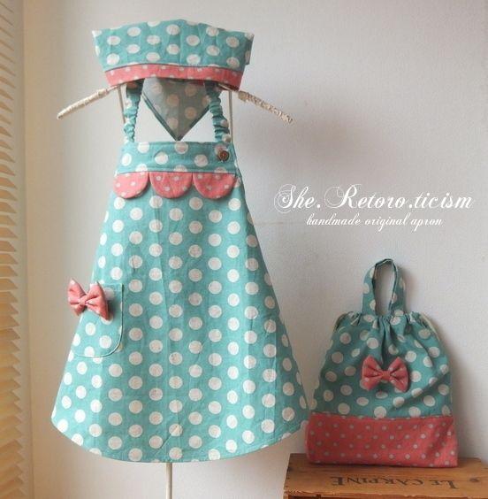 ♡new♪ミント色の水玉エプロン♡ 三角巾・エプロン袋付き画像1