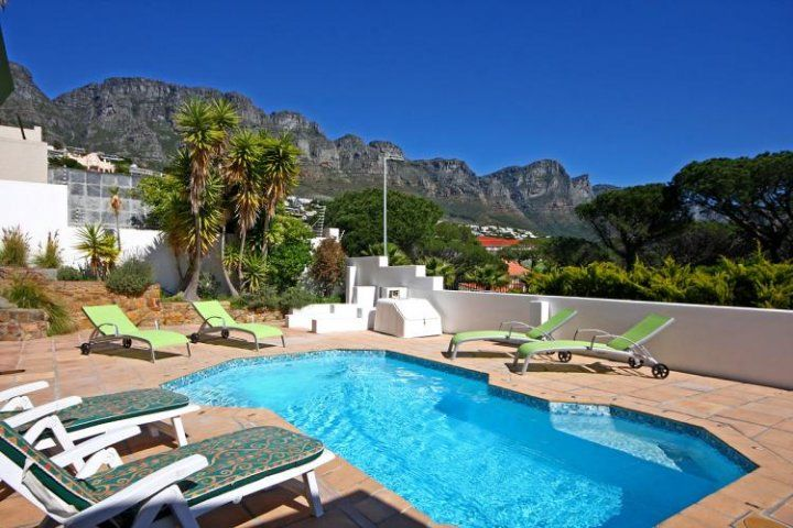 STRATHMORE LANE. Holiday Rental  in Camps Bay for 6 People at R2,900 / Night