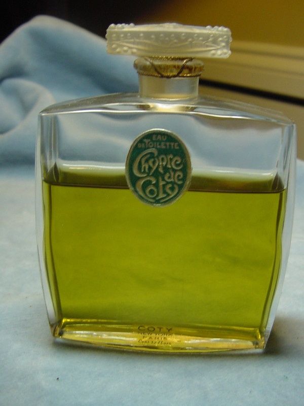 "Vintage ""Chypre de Coty"" Eau de Toilette in Lalique bottle 